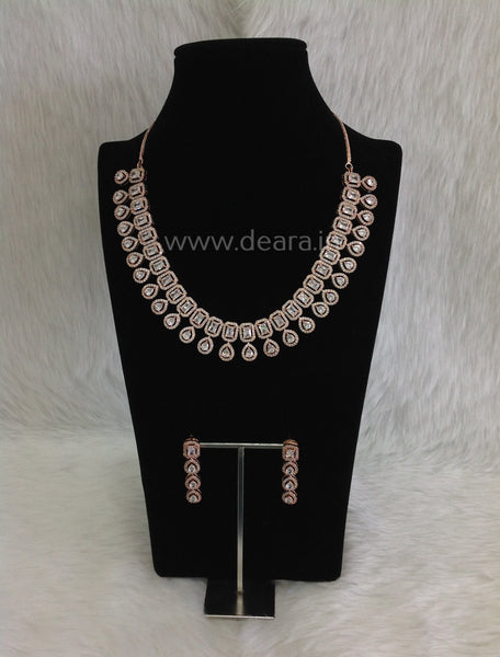 Astonishing Droplet Rich Crystal Necklace set