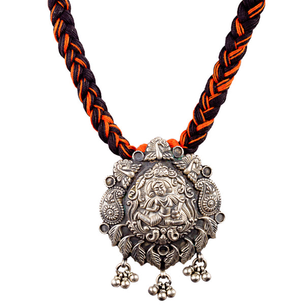 Paisley Idol Motif Necklace