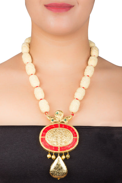 Temple Allure in Cream and Red Necklace