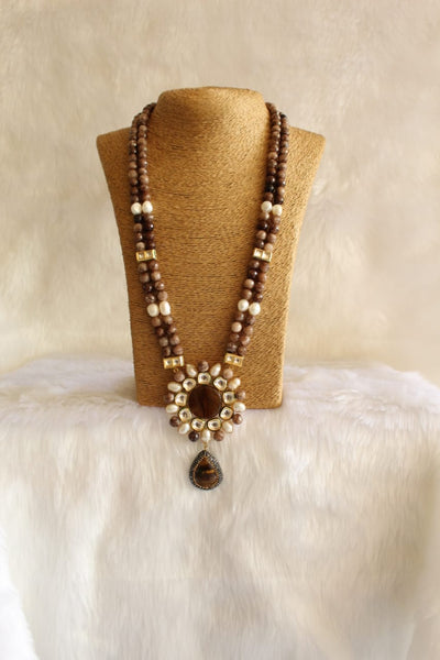 Glamorous Brown Baroque Pearl Kundan Necklace
