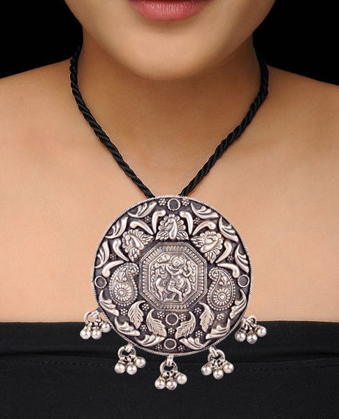 Centric Silvery Krishna Motif Pendant Drop Temple Necklace