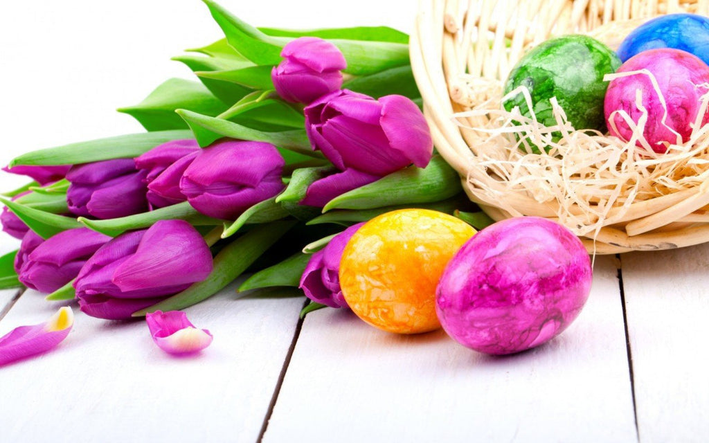 Ideas for Dyeing and Decorating Easter Eggs