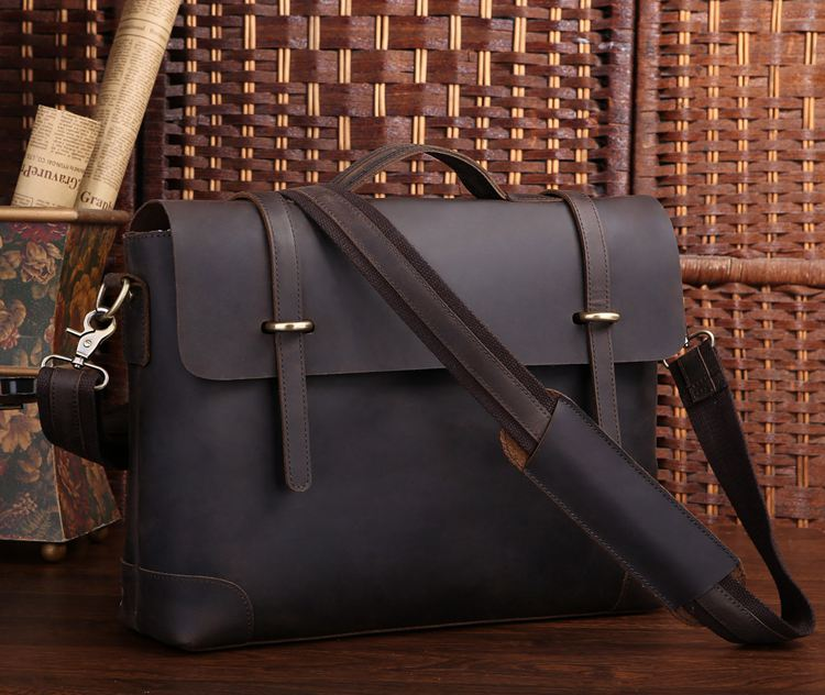 The Savile Classic Messenger Bag