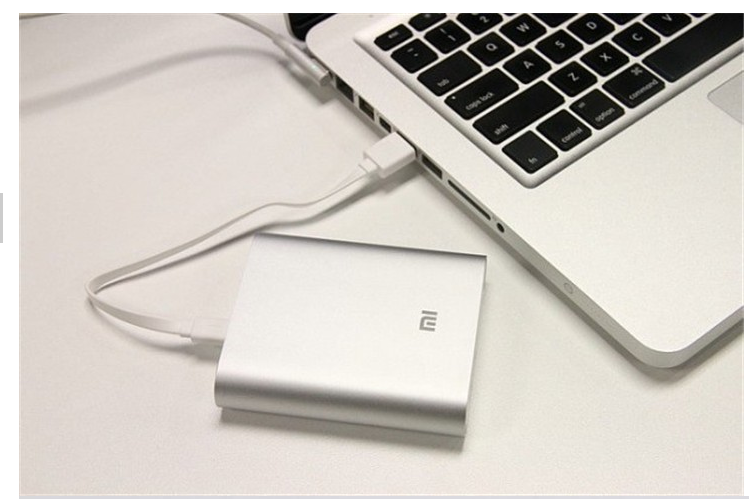 Original XIAOMI 5.1V 2.1A 10000mAh High Capacity Power Bank