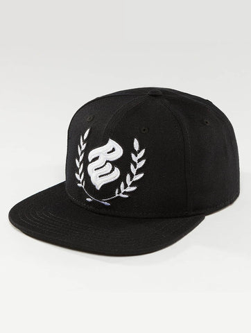Rocawear / Snapback Cap Hero in black-Universal Store London™