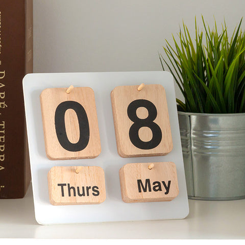 Image of Nature Wooden Calendar-Universal Store London™