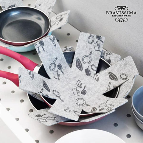 Image of Bravissima Kitchen Frying Pan Protectors (3-pack)-Universal Store London™