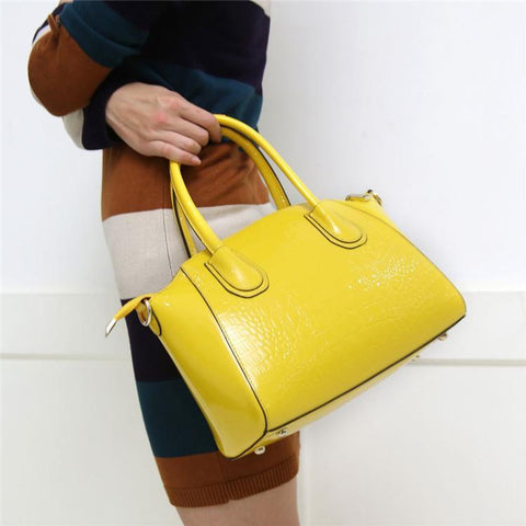 Image of Genuine Leather Handbag 'Catalina'-Universal Store London™