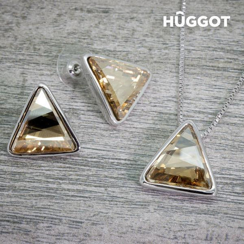 Image of Hûggot Triangle Rhodium-Plated Set: Pendant and Earrings Created with Swarovski®Crystals (45 cm)-Universal Store London™