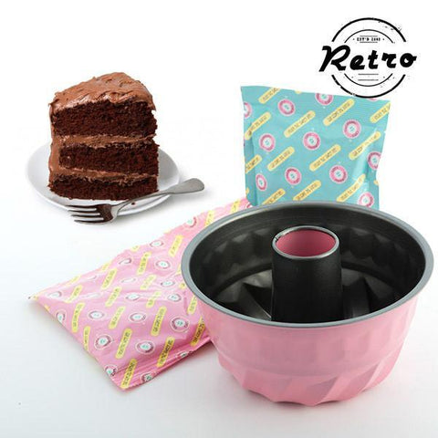 Image of Retro Chocolate Bundt Cake Baking Kit-Universal Store London™