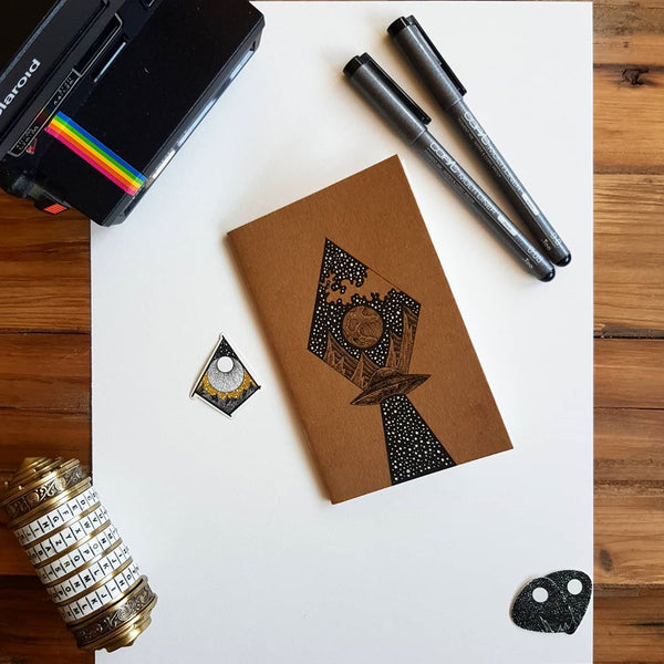 Custom cover on Kraft Notebook by @ArtyMoik on Instagram