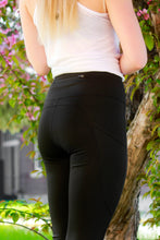 Load image into Gallery viewer, MN Tech Pocket Leggings - Black