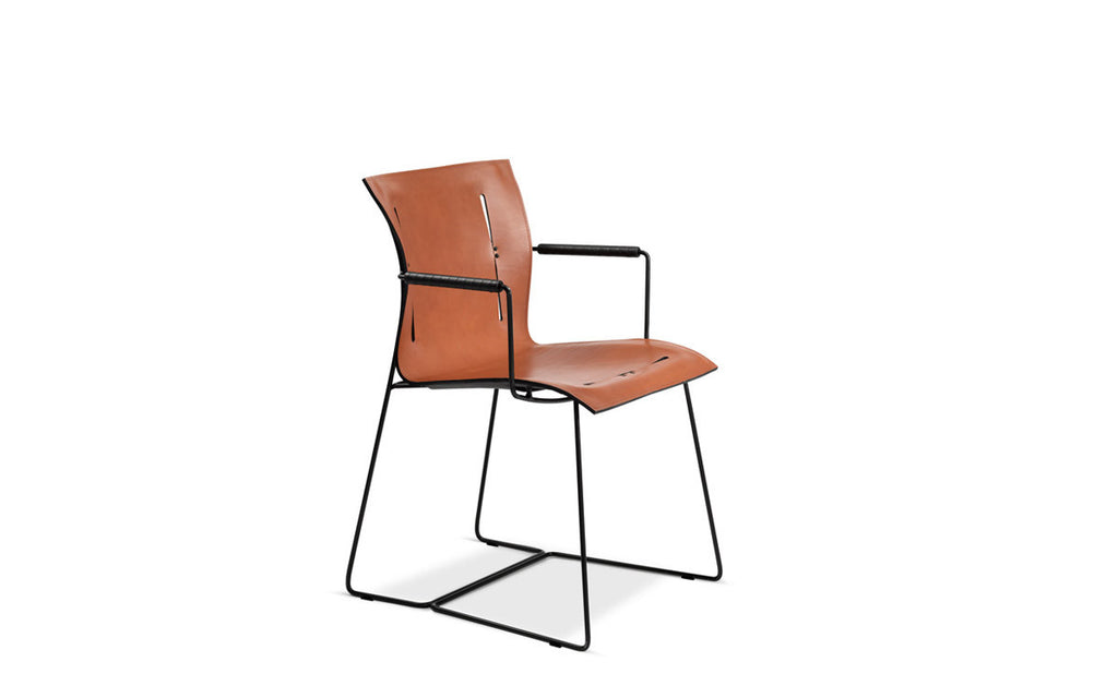 Cuoio side chair