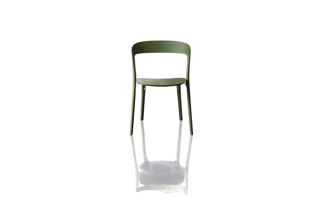 Pila chair by Magis