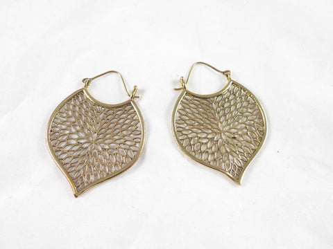 Brass detailed hoop earrings