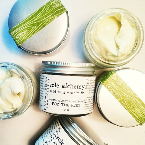 SOLE ALCHEMY <br>MOISTURIZING CREAM FOR THE FEET<br>[ wild mint + white fir ]