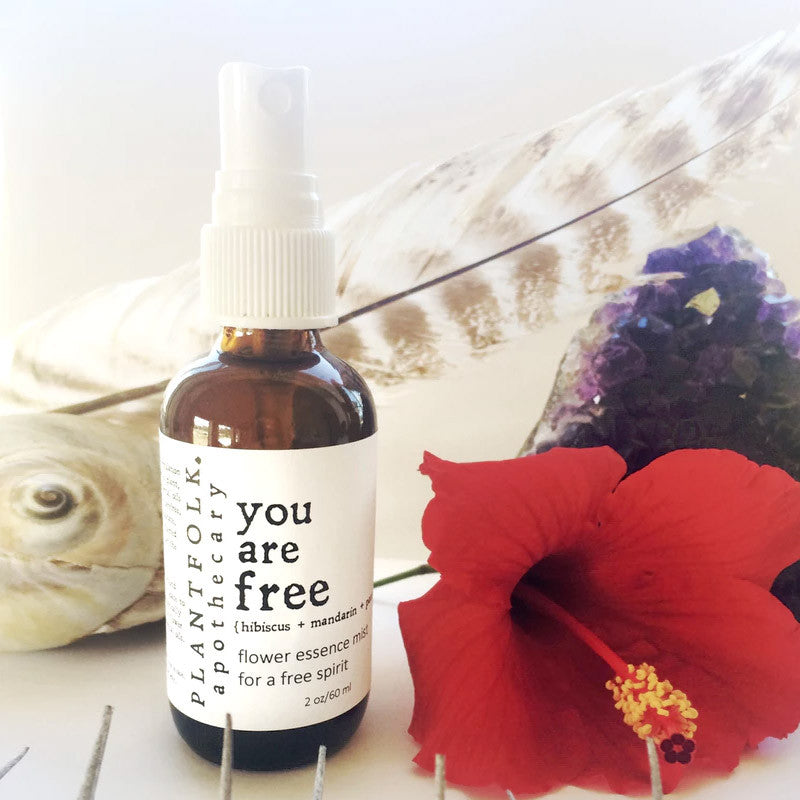 YOU ARE FREE <br>MIST FOR A FREE SPIRIT<br>[ hibiscus + patchouli + mandarin ]