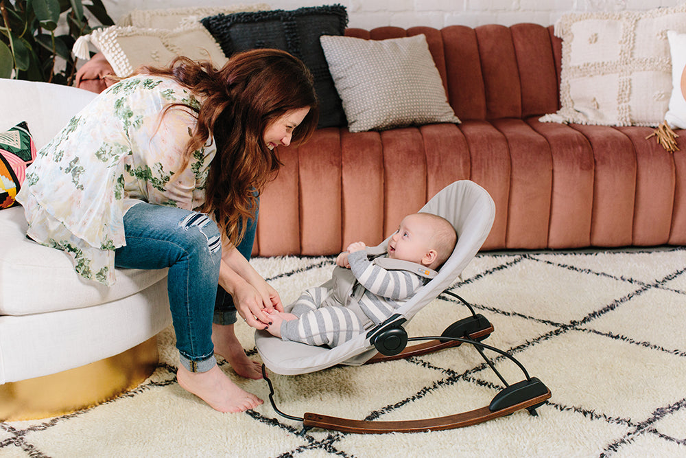 17 things you can do with your baby in a bouncer right now