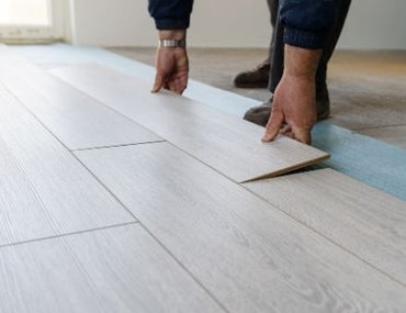 Vinyl vs. Engineered Hardwood Flooring