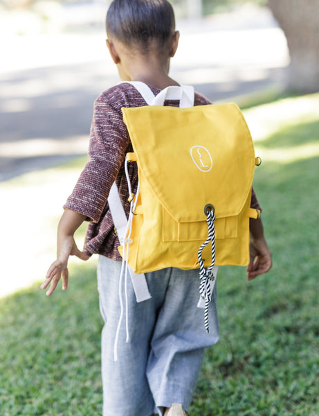 little traveler backpack | dandelion