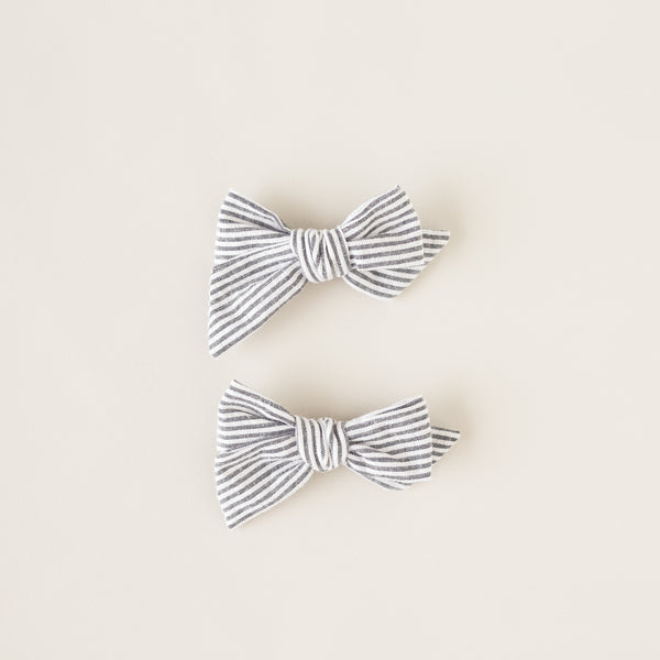 pigtail set bows | bw stripe