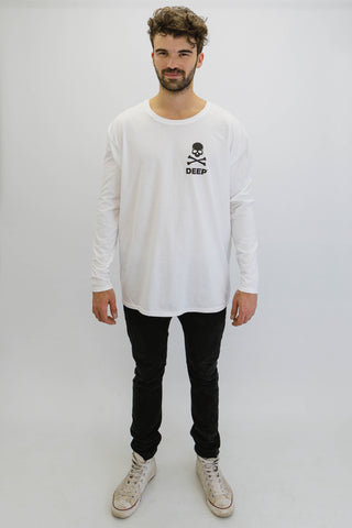 DEEP CROSSBONES Oversize Long Sleeve T-Shirt in White with Black Print