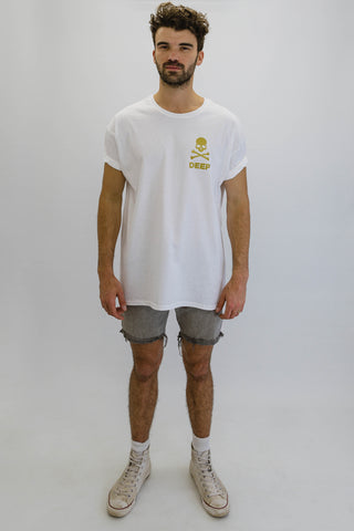 DEEP CROSSBONES Oversize T-Shirt in White with Gold Print