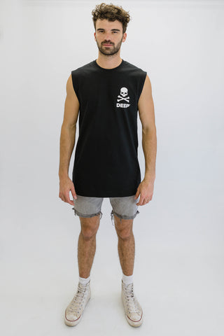 DEEP CROSSBONES Oversize Sleeveless T-Shirt in Black with White Print