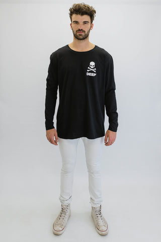 DEEP CROSSBONES Oversize Long Sleeve T-Shirt - Black with White Print