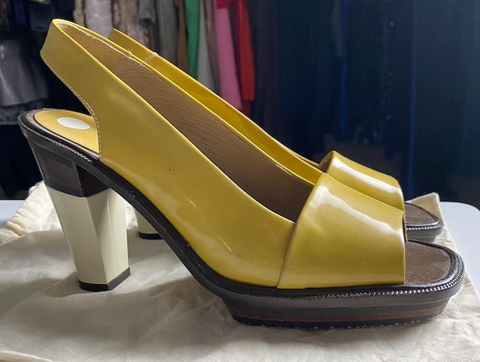 Marni Yellow Patent leather Sandals Size 10