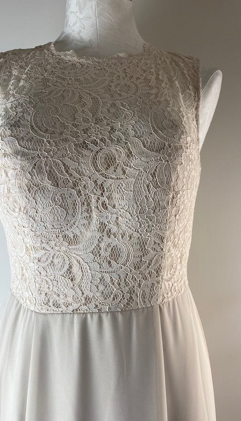 Dressy Collection Cream Lace Dress S