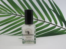 Load image into Gallery viewer, Boshemia NAILS 10 Free Vegan and Cruelty-Free Polish - Crystal Clear Base Coat