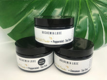 Load image into Gallery viewer, Boshemia Luxe All Natural Tooth Powder - XTRA STRONG Peppermint + Tea Tree