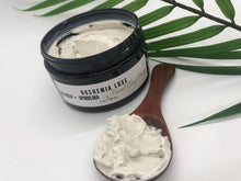 Load image into Gallery viewer, Luxurious Small Batch Vegan Sea Kelp And Spirulina Clay Masque - Boshemia Skin