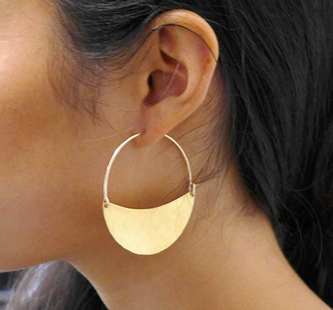 Lila Rice Cresent Earring