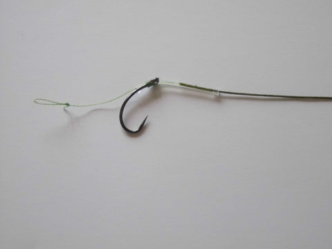 10 Anti Eject Hair Rigs On 15lb Green Coated Braid