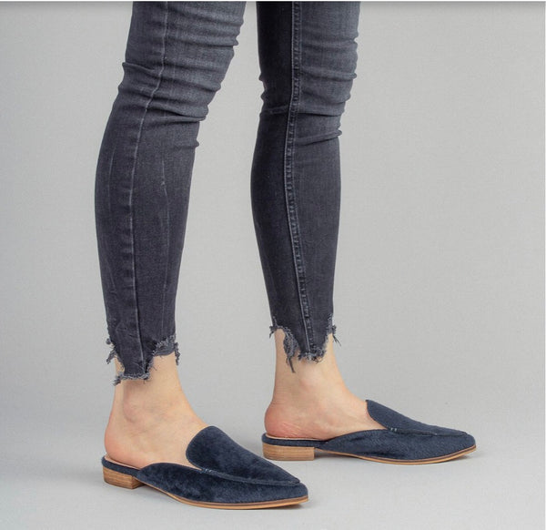 So Chic Slip Ons