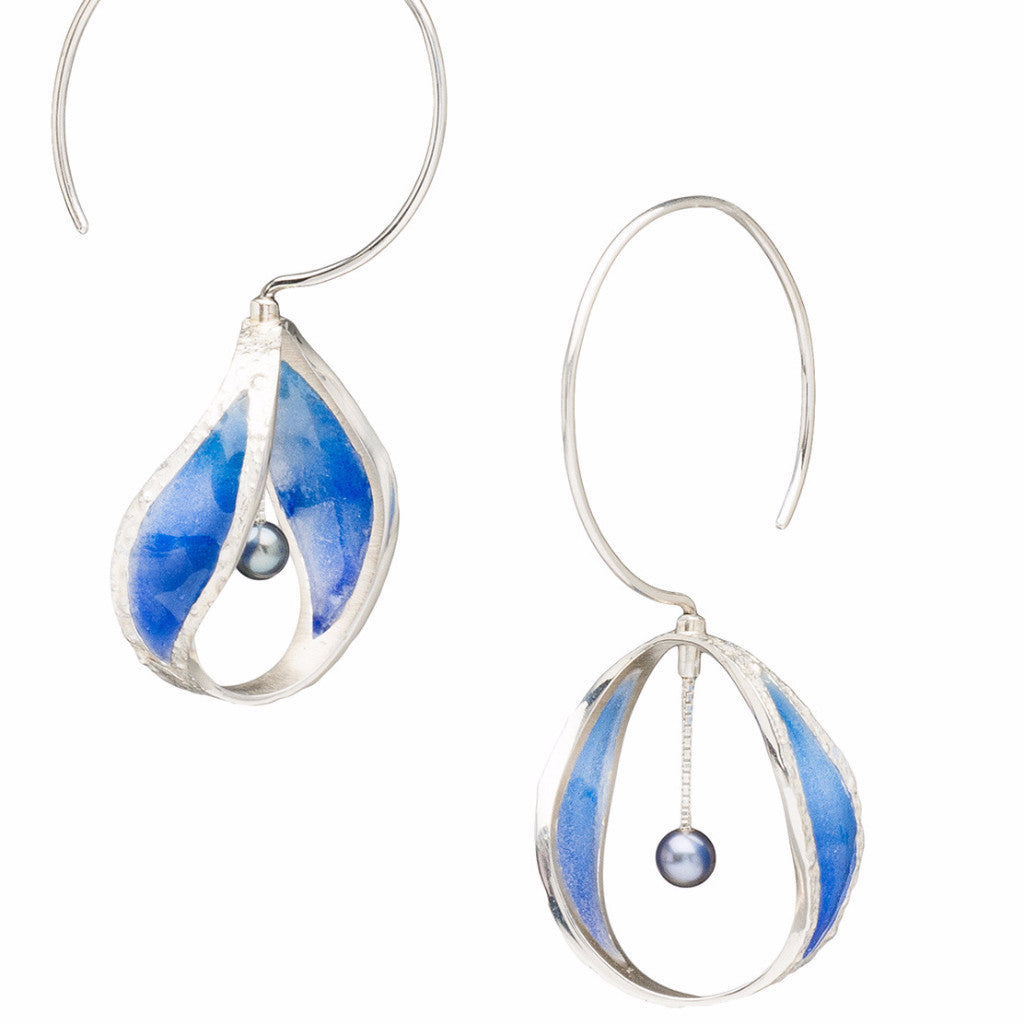 Continuant earrings in sterling silver with dyed resin and freshwater pearls in periwinkle.