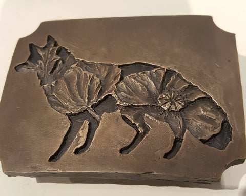 Poppy Bear, is a cast bronze belt buckle that comes with its own hand-crafted wooden storage box. Poppy Fox is also available.