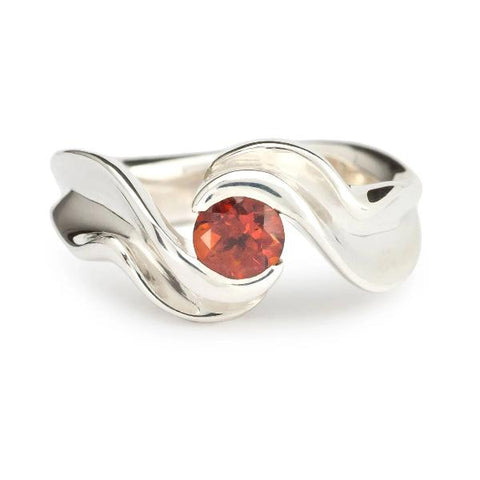 Resound, ring in sterling silver with 5mm round fire citrine.  Ring size: 6.75