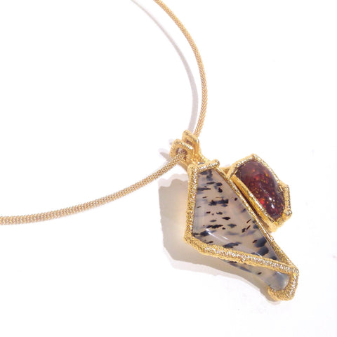 Neckpiece with electroformed 24k gold, stainless steel wire and copper. Pendant with Mexican Fire Opal and Montana Agate.
