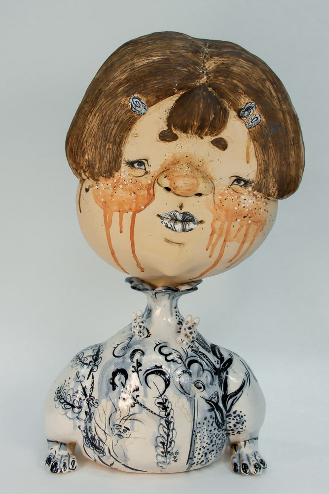 Shut Up, Say Cheese - Figurative ceramic sculpture.
