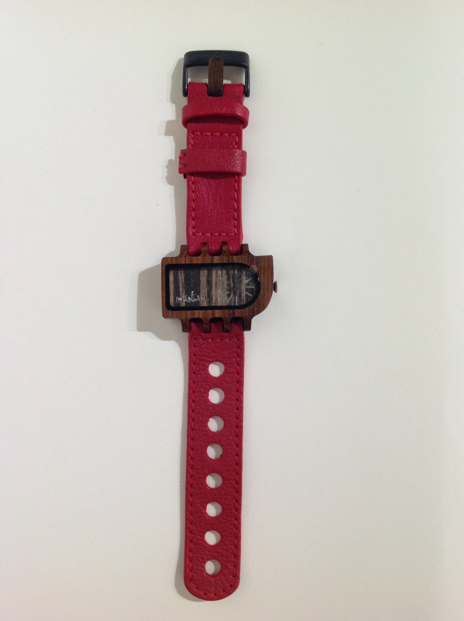 Umbra watch by Mistura