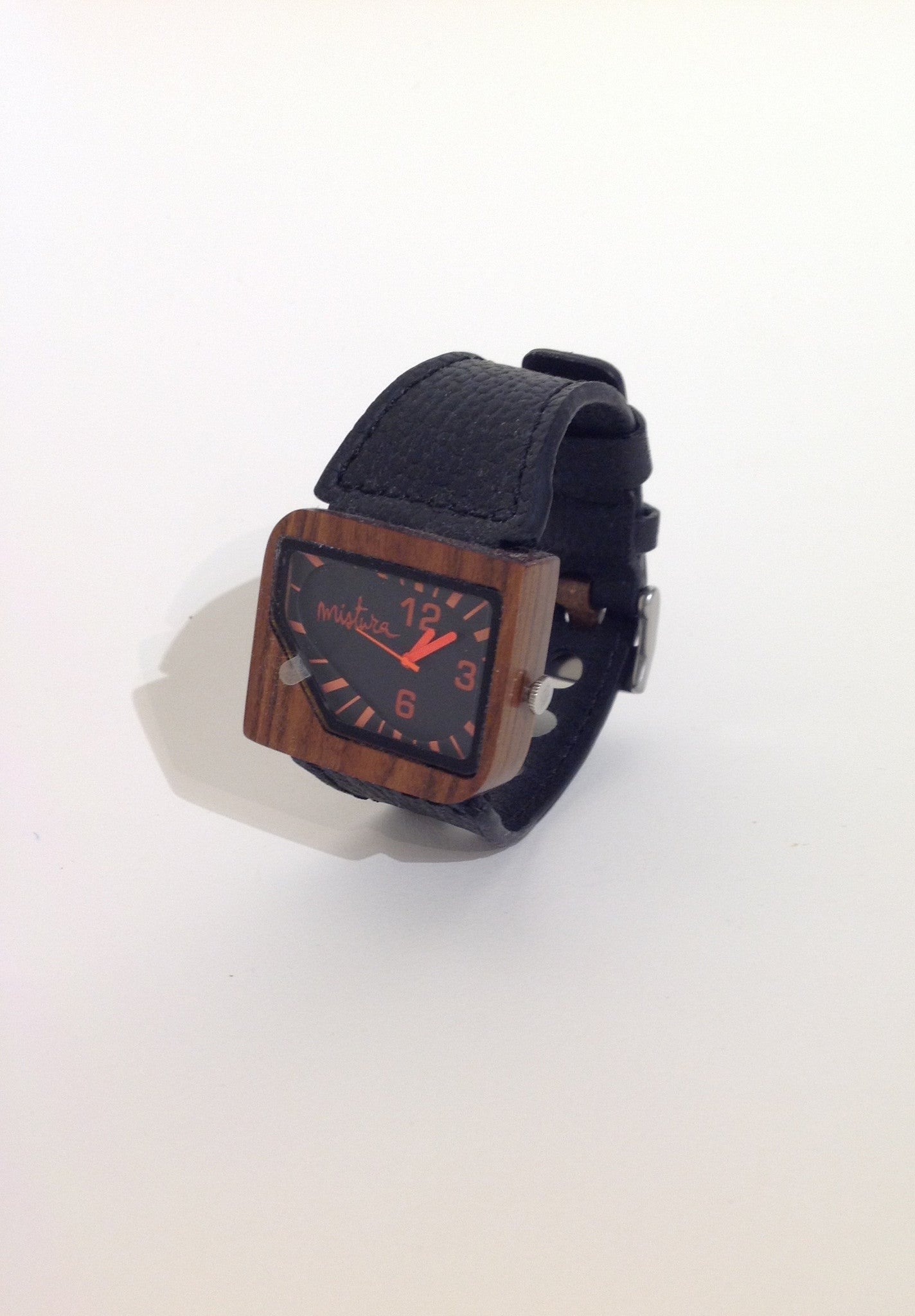 Avanti watch by Mistura