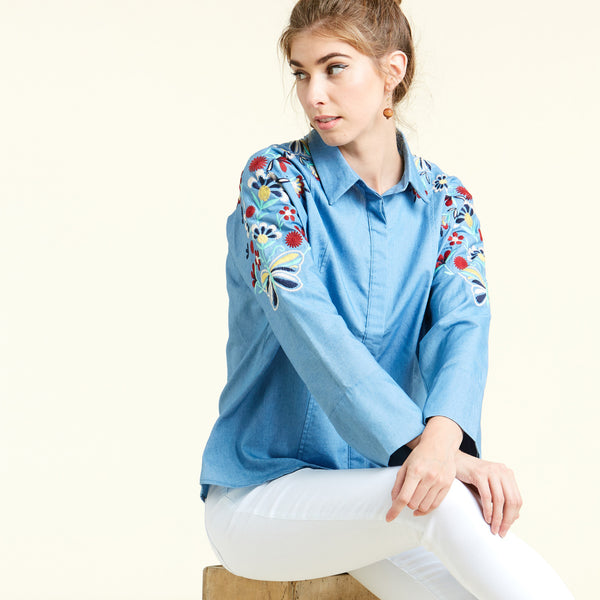Vintage Floral Embroidered Blouse
