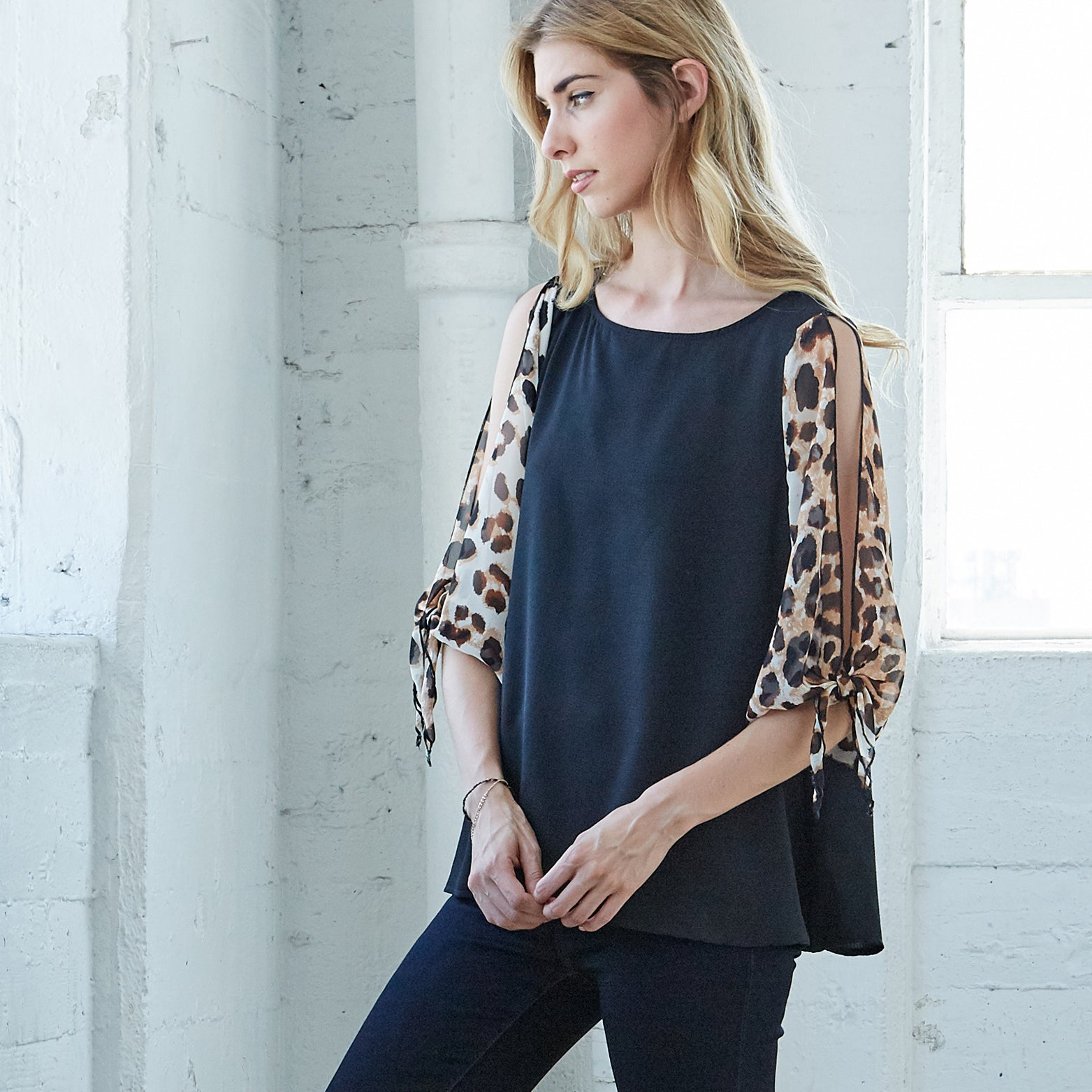 Open Sleeve Animal Print Top