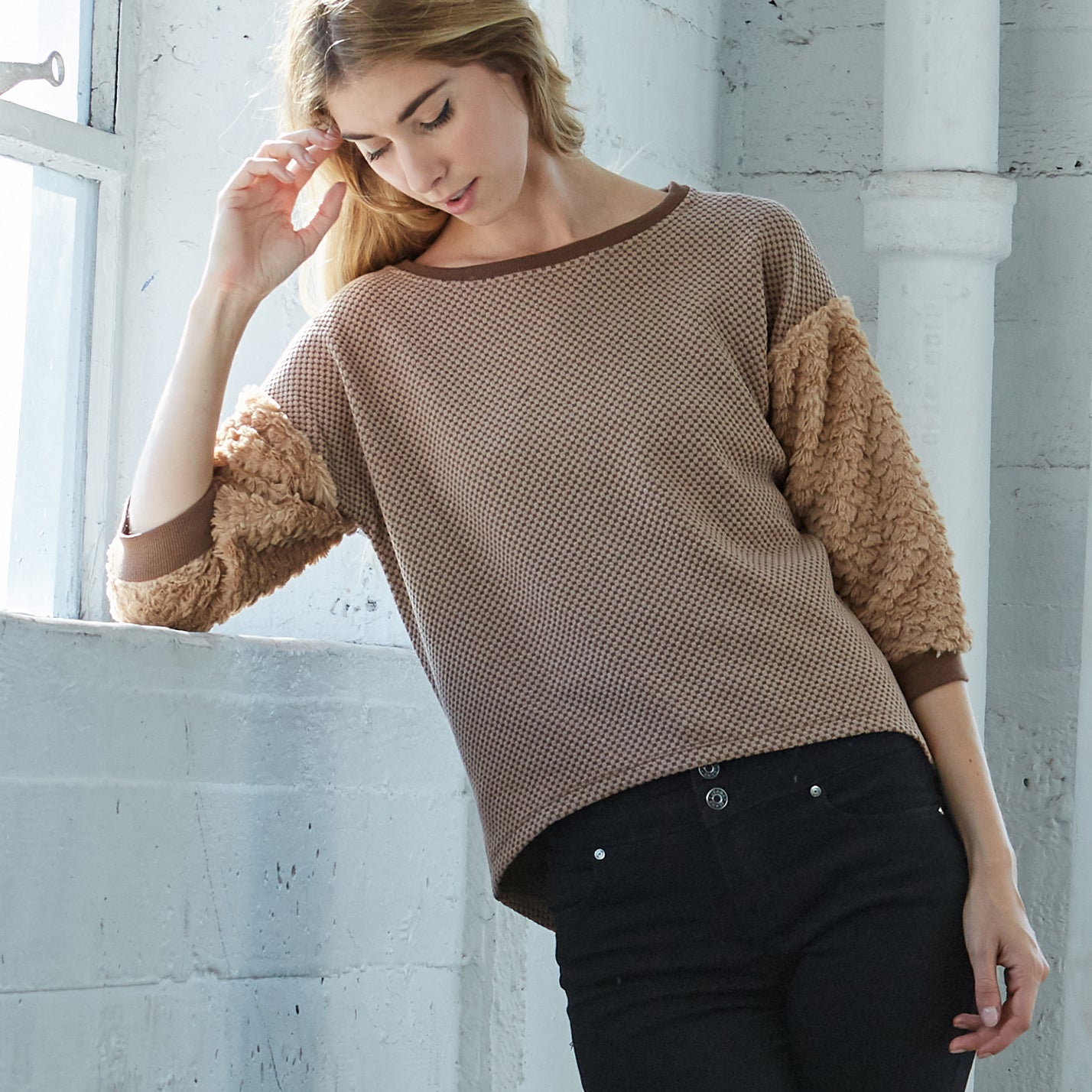 Cozy Teddy Sweater - Love, Kuza