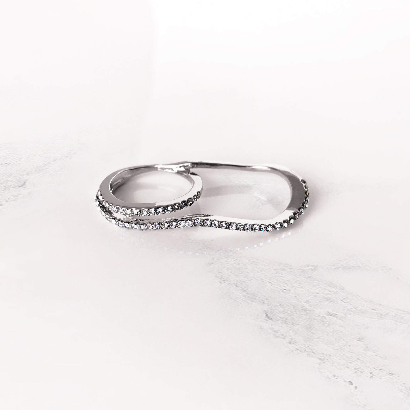 Wavy Crystal Two Finger Ring