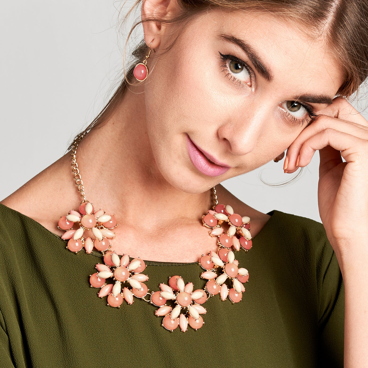 Art Deco Daisy Link Statement Necklace