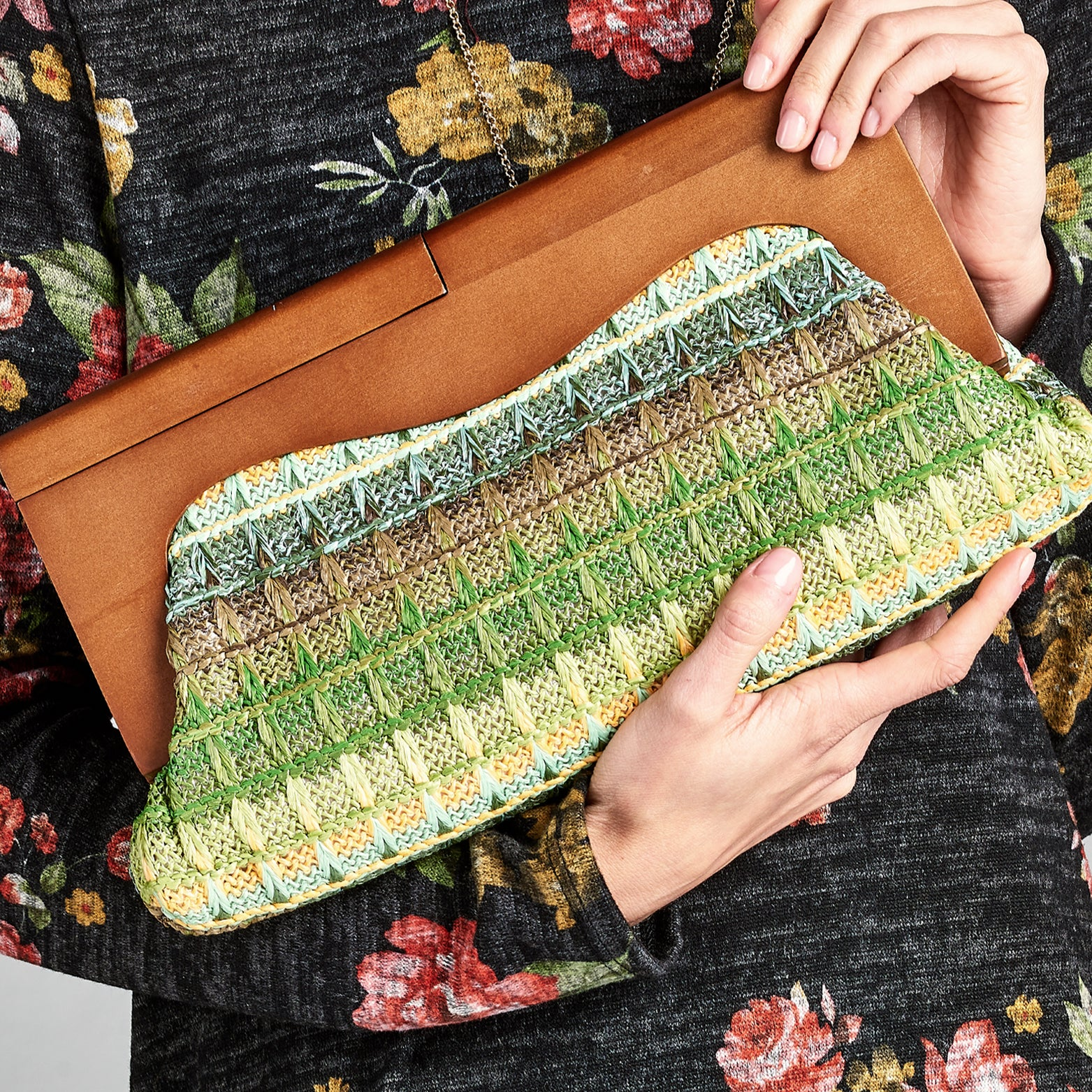 60s Woven Straw Clutch